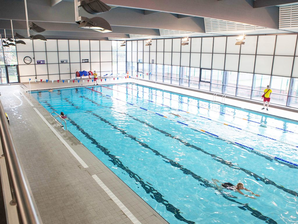 Stratford Park Leisure Centre Swimming Pool 1000m Of Tiling Needing Replacing At This 40 Year